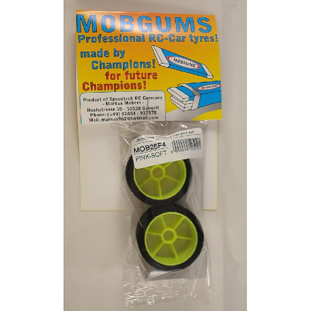 MobGums 1/12 tyres pink soft front